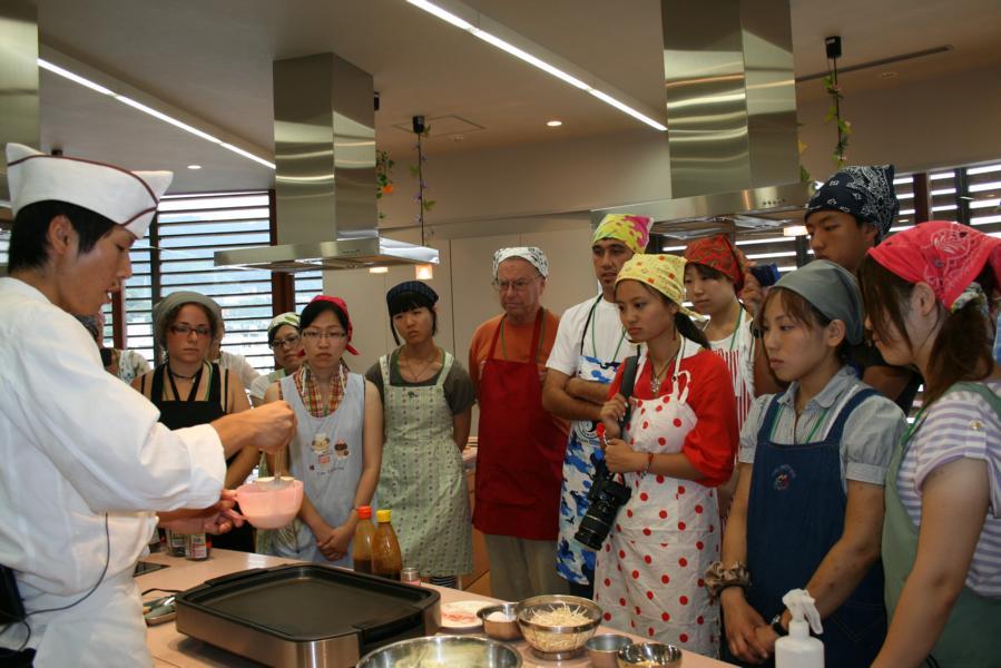 Learning from Okonomiyaki Chef