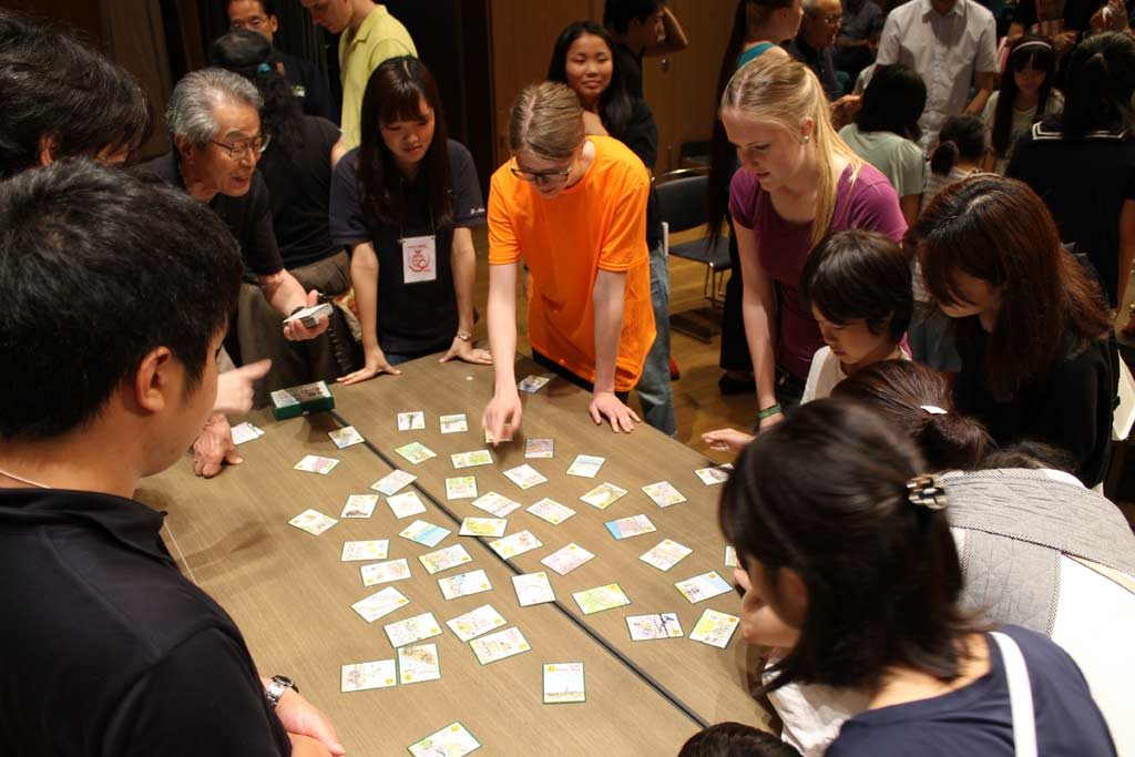 Playing Karuta in the Arigato event in Tama