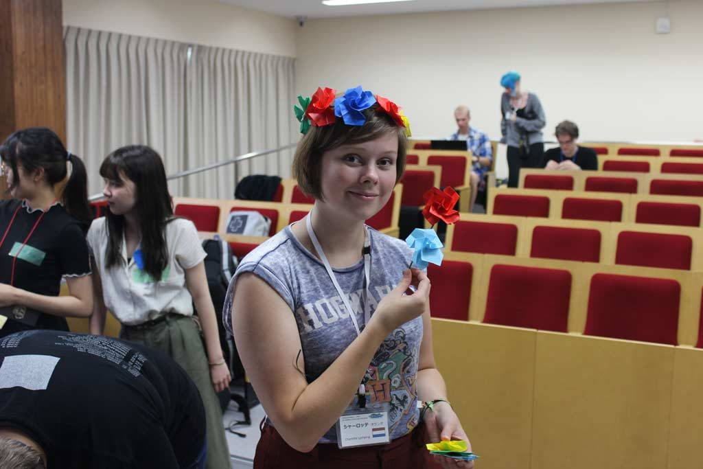 Charlotte with origami roses in Prefectural University of Kumamoto