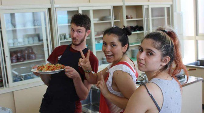 Thomas, Nicole and Natalia proudly posing their cooking skills